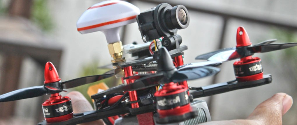 Eachine Falcon 120 Racing Quadcopter Review – Small and Powerfull