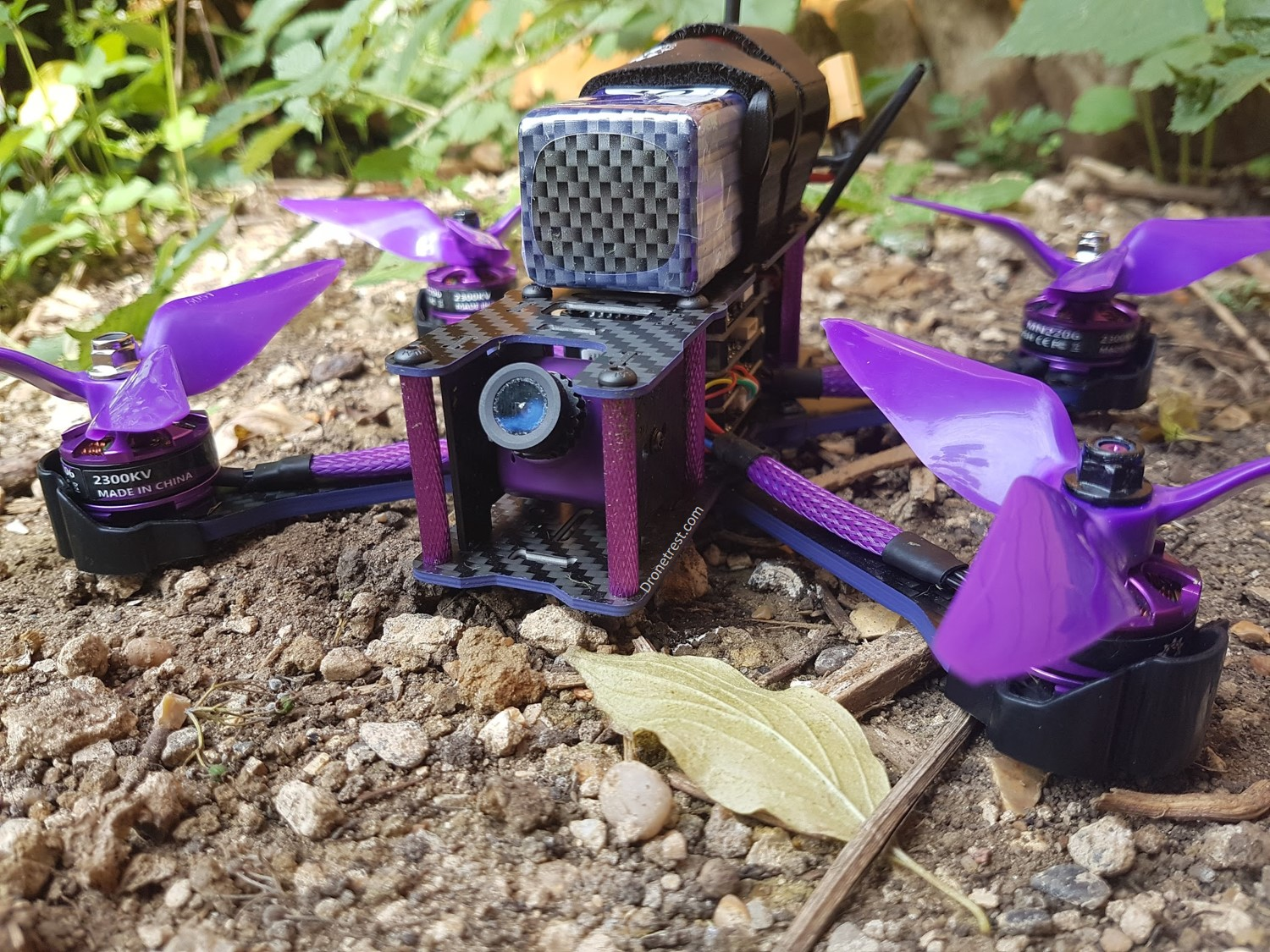 Eachine Wizard X220S Review – King of the Budget RTF Freestyle Quads?