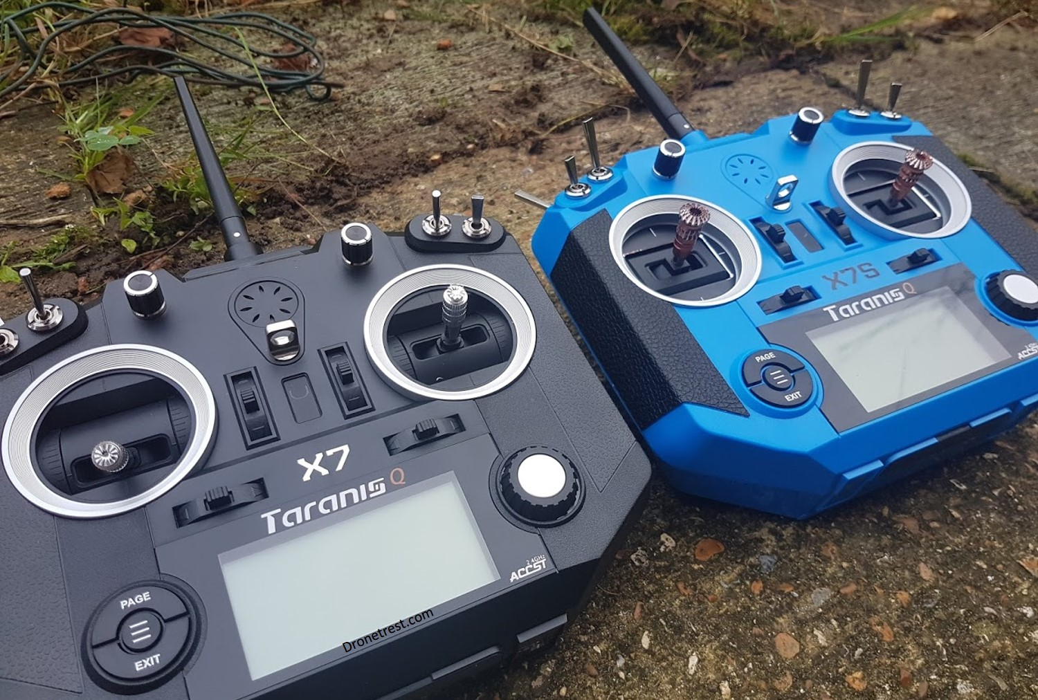 Frsky Taranis 🌩️ Q X7 VS Q X7S Compared 🎮 – Which one should you buy?