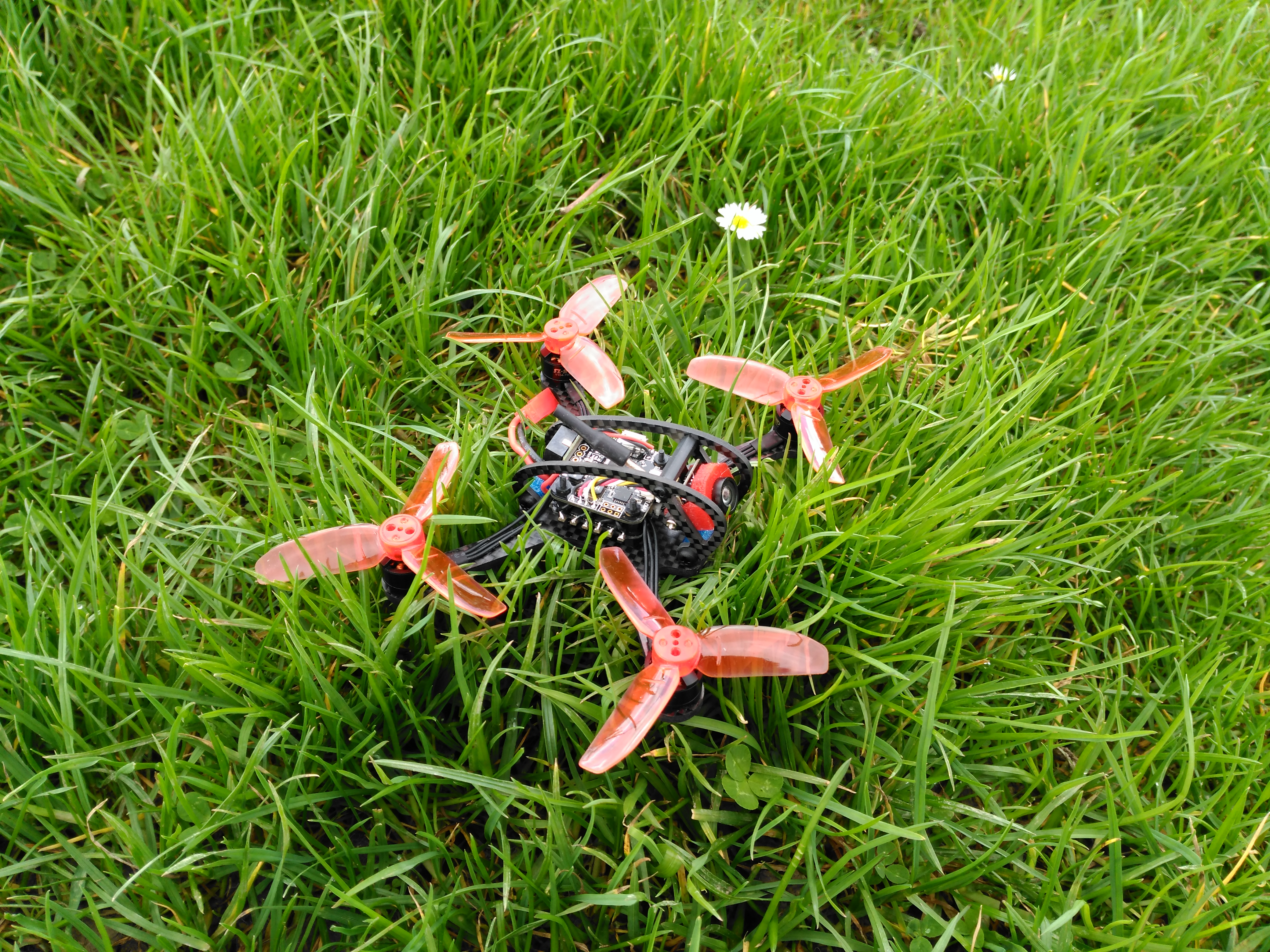 Leader-120 FPV Quadcopter Review:  Small and Agile 👍